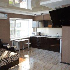 Апартаменты Studio Naberezhnaya Lenina 16A комната для гостей фото 4