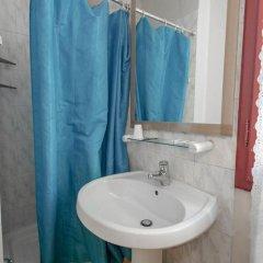 Hotel Masaccio Номер с общей ванной комнатой с различными типами кроватей (общая ванная комната) фото 4
