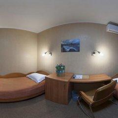 Hotel Airport Стандартный номер 2 отдельными кровати