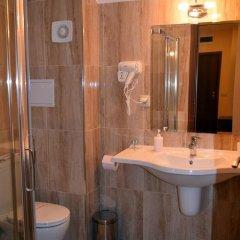 Отель Goldie 85 Чепеларе ванная