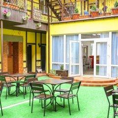 Гостиница Villa Bavaria Украина, Бердянск - отзывы, цены и фото номеров - забронировать гостиницу Villa Bavaria онлайн питание фото 3