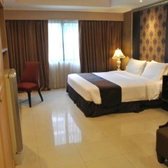 Отель FuramaXclusive Sukhumvit 4* Номер Делюкс с двуспальной кроватью фото 4