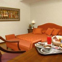 Отель Albergo Cesàri 3* Стандартный номер с двуспальной кроватью фото 3