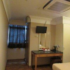 Arianna Hotel 2* Стандартный номер с двуспальной кроватью