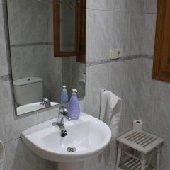 Отель Hostal El Rincon Валенсия ванная фото 2