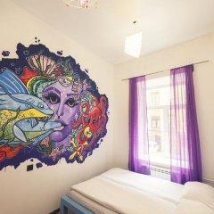 Pururoom Hostel Стандартный номер двуспальная кровать (общая ванная комната) фото 10