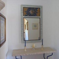 Отель Casa da Praia сейф в номере