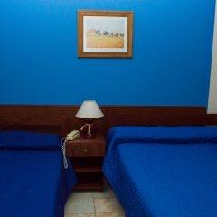 Hotel Riberas Сан-Николас-де-лос-Арройос комната для гостей фото 5