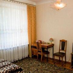Гостиница Жовтневый 2* Номер Эконом разные типы кроватей