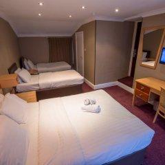 Newham Hotel 2* Стандартный семейный номер с двуспальной кроватью фото 7