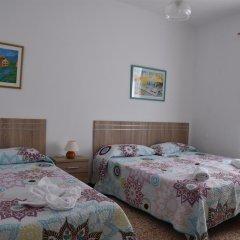 Отель Pensión Eva Стандартный номер с различными типами кроватей фото 5