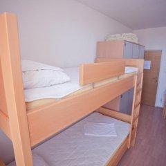 Youth Hostel Zagreb Кровать в общем номере с двухъярусной кроватью фото 5