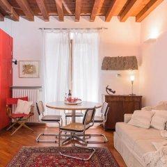 Отель Milano Weekend House Италия, Милан - отзывы, цены и фото номеров - забронировать отель Milano Weekend House онлайн комната для гостей фото 5