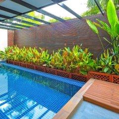 Отель At The Tree Condominium Phuket бассейн фото 2