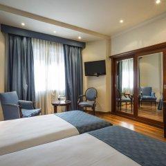 Ayre Hotel Astoria Palace 4* Улучшенный номер с различными типами кроватей фото 2