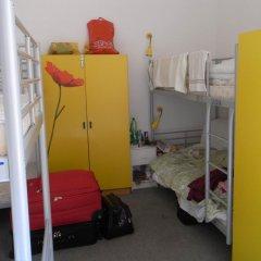 Rixpack Hostel Neukölln Кровать в женском общем номере с двухъярусной кроватью