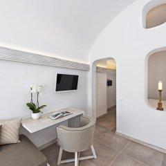 Отель Athina Luxury Suites 4* Люкс повышенной комфортности с различными типами кроватей фото 20
