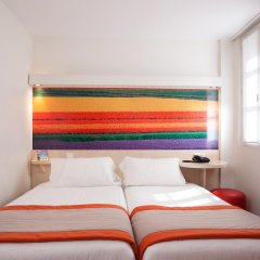 Comfort Hotel Paris La Fayette 3* Стандартный номер с различными типами кроватей фото 3
