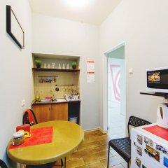 Мини-Отель Компас Кровать в общем номере с двухъярусной кроватью фото 11