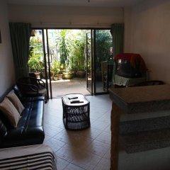 Отель Waree's Guesthouse комната для гостей фото 4