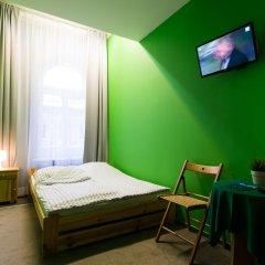 Moon Hostel Стандартный номер с двуспальной кроватью (общая ванная комната) фото 3