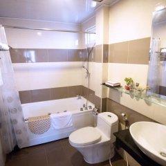 Thuy Sakura Hotel & Serviced Apartment 3* Люкс с различными типами кроватей фото 3