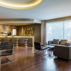 Отель TRYP Valencia Feria гостиничный бар