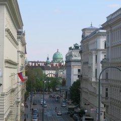 Отель aeki CITY Австрия, Вена - отзывы, цены и фото номеров - забронировать отель aeki CITY онлайн балкон