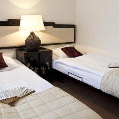 Hotel Zhong Hua 3* Стандартный номер с различными типами кроватей фото 2