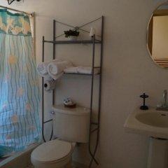 Отель Otoch Balam (Bed & Breakfast) Гондурас, Тегусигальпа - отзывы, цены и фото номеров - забронировать отель Otoch Balam (Bed & Breakfast) онлайн ванная