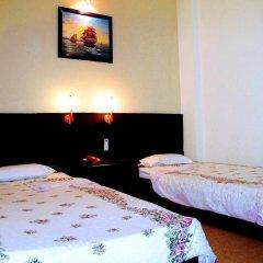 Cuong Long Hotel 2* Стандартный номер с двуспальной кроватью фото 3