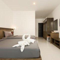 M.U.DEN Patong Phuket Hotel 3* Улучшенный номер двуспальная кровать фото 5