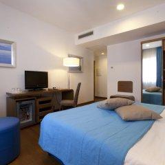 Hotel Plaza 4* Номер Комфорт с двуспальной кроватью фото 2