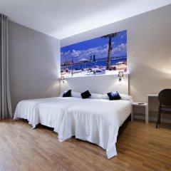 Отель Hostal Bcn Ramblas Стандартный номер с 2 отдельными кроватями