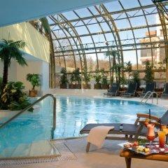 Отель Golden Prague Residence бассейн