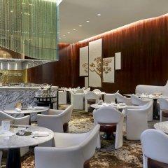 Prince de Galles, a Luxury Collection hotel, Paris питание