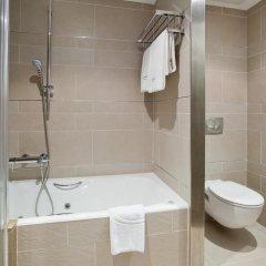 Отель ILUNION Barcelona 4* Улучшенный номер с различными типами кроватей фото 12