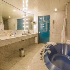Отель Transcorp Hilton Abuja ванная фото 4