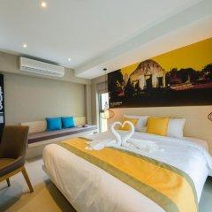 Отель Bizotel Bangkok 3* Улучшенный номер