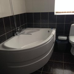 Гостиница Royal Hotel Украина, Харьков - отзывы, цены и фото номеров - забронировать гостиницу Royal Hotel онлайн ванная фото 5