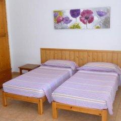 Отель Apartamentos Playa Calan Blanes Кала-эн-Бланес комната для гостей фото 2