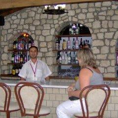 Budak Hotel Турция, Алтинкум - отзывы, цены и фото номеров - забронировать отель Budak Hotel онлайн гостиничный бар