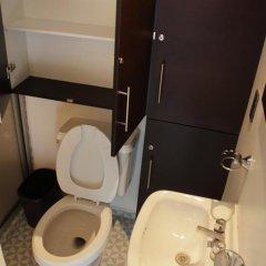 Отель Hostal Be Condesa Кровать в общем номере фото 13