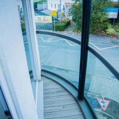 Отель Athletes Way House балкон