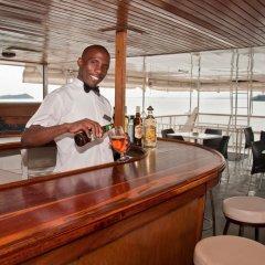 Отель Lake Kariba Inns гостиничный бар