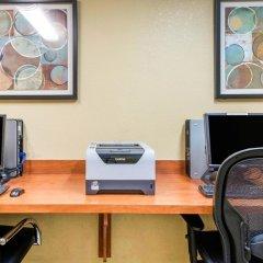Отель Comfort Inn & Suites near Universal Orlando Resort интерьер отеля фото 4