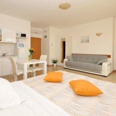 Отель Apartmani Trogir 4* Улучшенная студия с различными типами кроватей фото 7