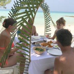 Отель Isola Guest House Остров Гасфинолу питание