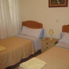 Отель Hostal Conchita II Стандартный номер с 2 отдельными кроватями фото 2