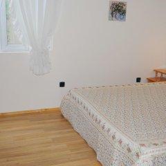 Отель Guest House Sunflowers Болгария, Поморие - отзывы, цены и фото номеров - забронировать отель Guest House Sunflowers онлайн удобства в номере фото 2